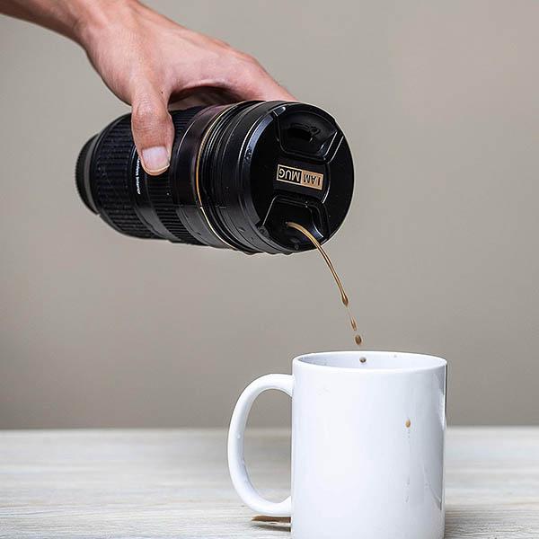 Taza con forma de objetivo Nikon
